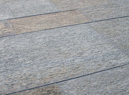 Pavimentazioni esterne in pietra naturale, pavimentazione piastrelle.