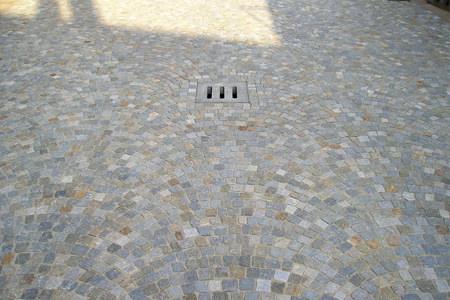 Pavimento In Pietra Di Luserna : Pavimentazione pietra di luserna pavimenti in pietra di luserna