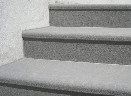 Pavimentazioni esterne in pietra naturale pavimentazione for Piastrelle per scale esterne